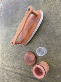 Antique Nail buffer and polish receptacle - Carmichael System