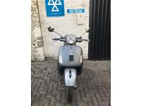 Vespa GTS 125 2009 in top class condition in grey colour
