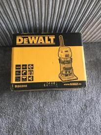 DeWalt D26200L 115V, 50Hz, 900W 1/4-inch 8mm Compact Fixed Base Router