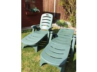 Two green garden sunbed/chairs heavy duty very good quaility