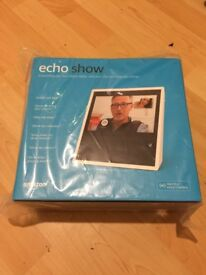 Amazon Echo Show colour White BRAND NEW/SEALED only £135