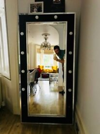 Original Hollywood dressing mirror with lights!