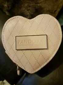 Pandora gift box