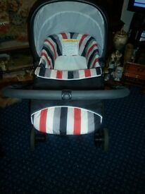 HAUCK LONDON TRAVEL SYSTEM--VIRTUALLY NEW--ONLY CAR SEAT AND CHASSIS BEEN USED
