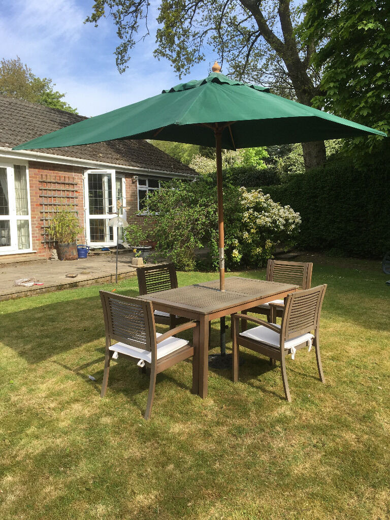 4 seater garden table and parasol, inc cushions | in High Wycombe ...