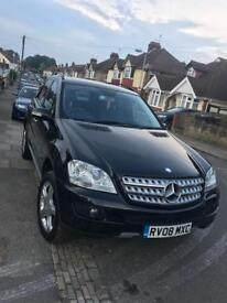 Mercedes (ML 280) £7650 excellent condition