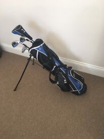 Jaxx Junior golf club set and bag