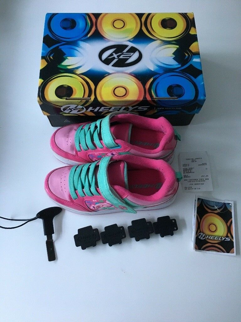 Heelys . Size 3 . Excellent condition .