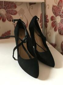 Just fab shoes size 3.5