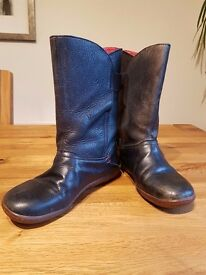 Boots, SEASALT navy leather, size 4 (37)