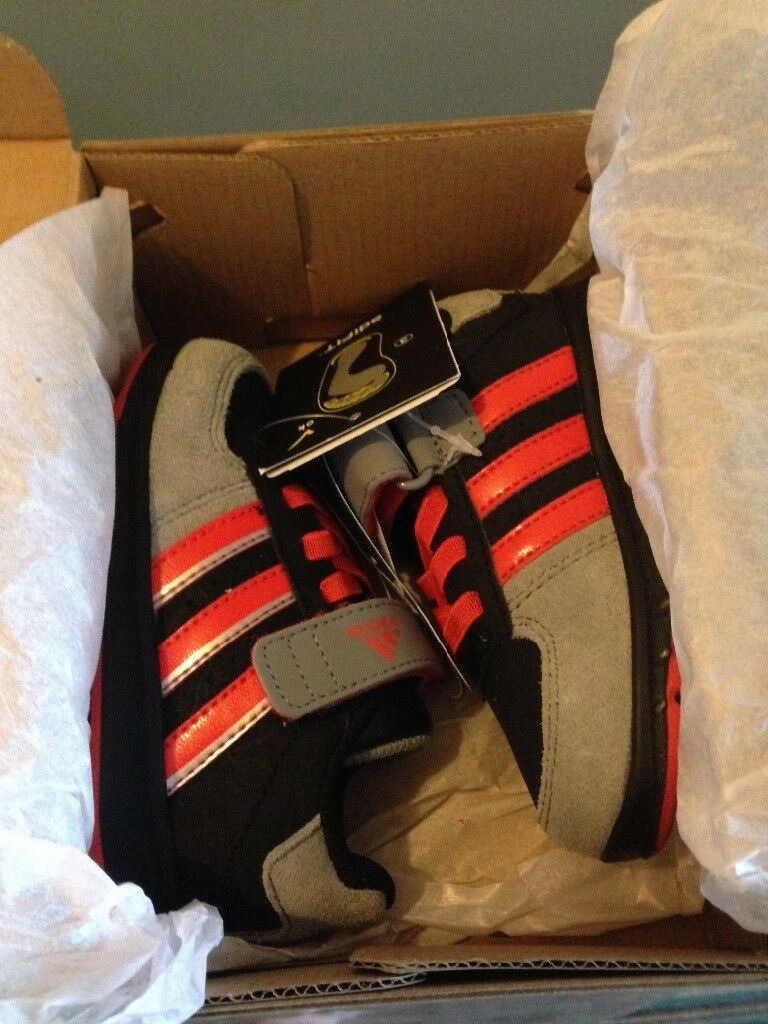 Genuine adidas trainers toddler size 5k
