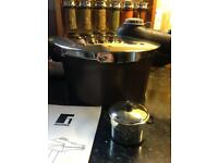 New bergner pressure cooker high standard safety locking with free timer