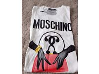 Moschino Tshirt White with tags Tee