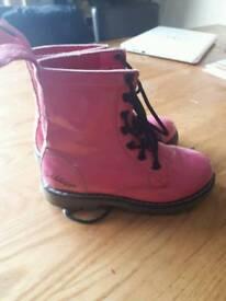 Girls pink golddigga boots size 12