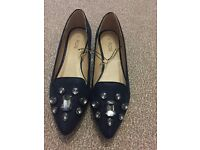 Flat size 7 Navy shoes