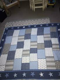 Quilted dunelm reversible throw