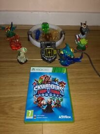Skylanders Trap Team xbox 360 - portal, disk and characters & traps
