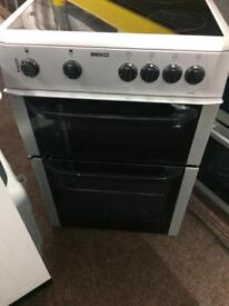 Silver beko 60cm ceramic hub electric cooker grill & fan oven good condition with guarantee
