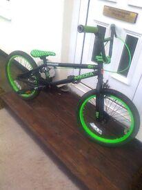 bmx bike-- blank media -- ltd edition - in vgc, for sale