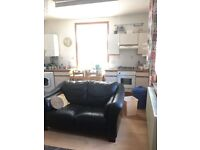 1 Double bedroom flat available to let in High street North, East ham, E12