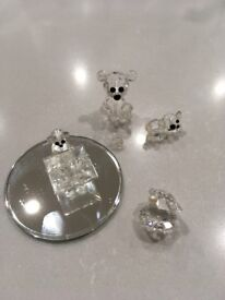 Glass crystal miniature bears and oyster shell
