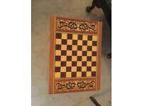 Chess/draughts table