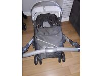 Silver cross pram comes with car seat and raincover