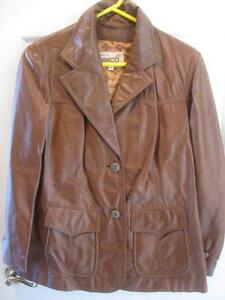 LADIES GENUINE SIMCO LEATHER FULLY LINED JACKET ...SIZE 16..NEVER WORN