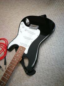 ELECTRIC GUITAR OUTFIT GEAR4MUSIC + BAG + PRACTICE AMP + LEADS
