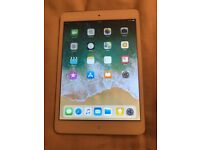 iPad mini 2 16gb WiFi.perfect working order.minor wear and tear £100 NO OFFERS. CAN DELIVER