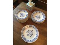 Several plates, cobalt blue vintage design (straw pattern)