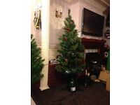 6 Foot Fibre Optic Multi Colour Changing Lights Berries and Cones Xmas Festive Tree With LED Lights