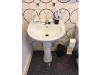 Bathroom Suite White + Shower