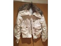 Ladies White Coat with Fur Collar Size 8