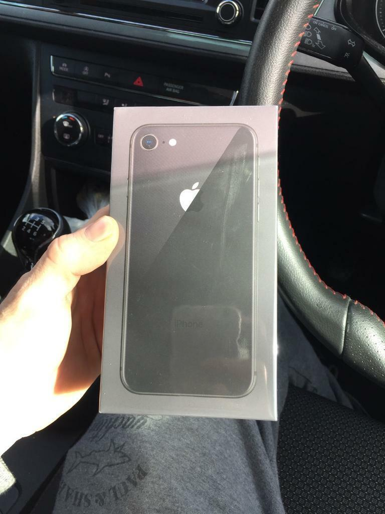 Iphone 8 64gb brand new in selaphane EE