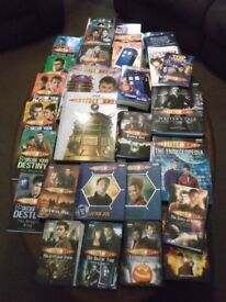selection of 30 Doctor Who hard and softback books (value £200+) very good condition.