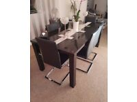 Black Gloss Dining Table & 6 Chairs