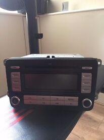 VOLKSWAGEN RCD300 MP3 STEREO RADIO