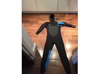 SUPERFREAK FZ 6/4 HOODED O NEIL WETSUIT SIZE M