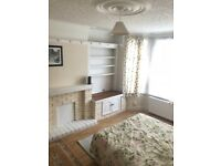 Double Room in Chingford