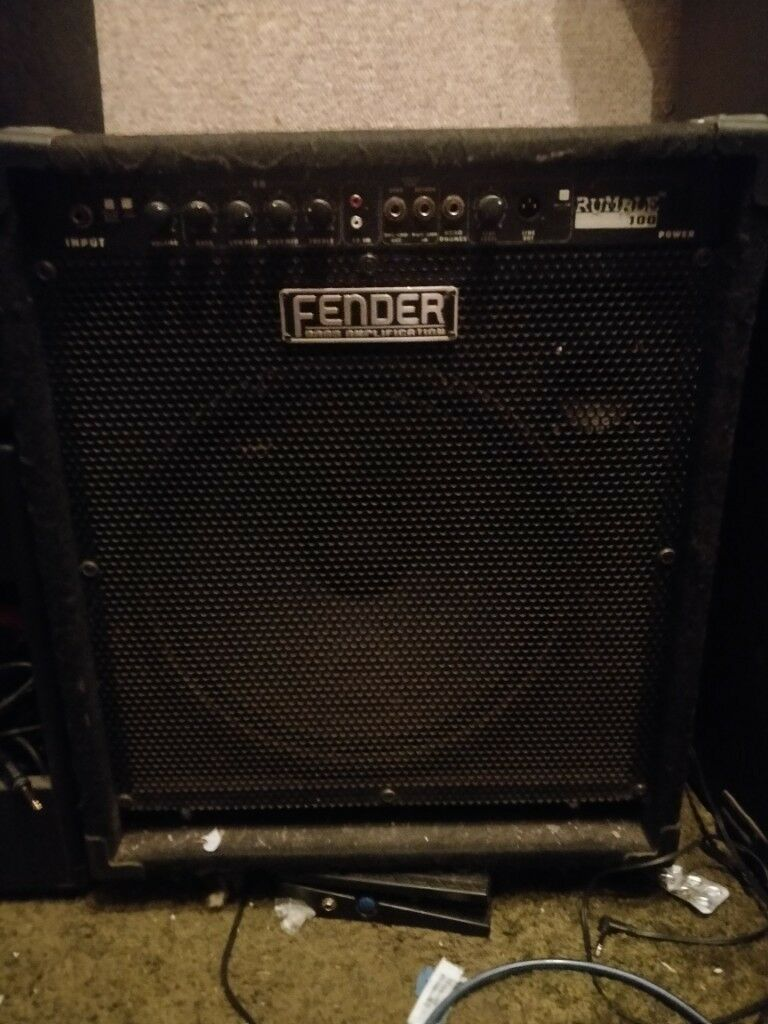 fender rumble 100 bass amp broken spares or repairs in ashton bristol gumtree. Black Bedroom Furniture Sets. Home Design Ideas