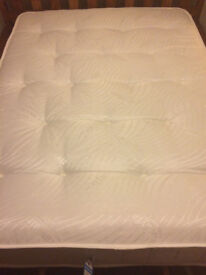 Almost New Wayfair Pocket Spring Double Mattress in Excellent Condition