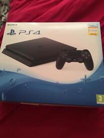 Slim ps4 500 gb boxed with 3 games