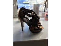 Never Worn Bronze/Gold Heels - size 6