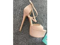 Heels size 5