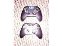 2 Xbox One Controllers (with no 3.5mm headphone jack)