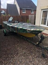 ***SOLD***Speedboat project with trailer