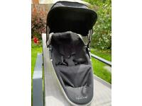 Quinny Zapp Xtra pushchair seat unit, adapters and rain cover