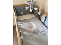 Mamas & papas cot bedding set - Millie and borris
