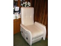 Electric Rise and Recline Single Chair